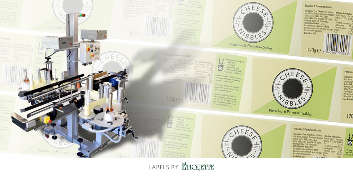 Front and back labelling label applicator and printed labels on a roll